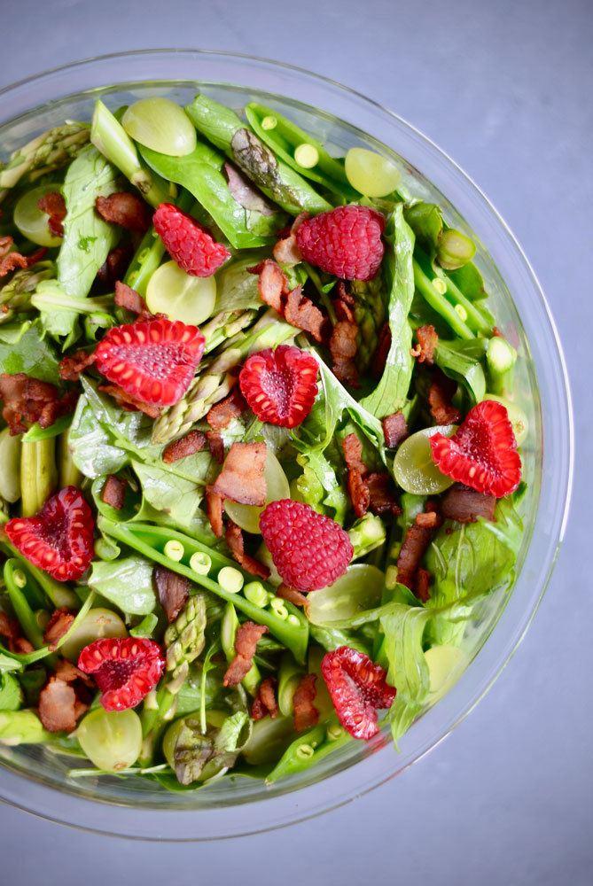 nytaars-salat-med-bacon-og-vindruer-ekstra-festlig-salat