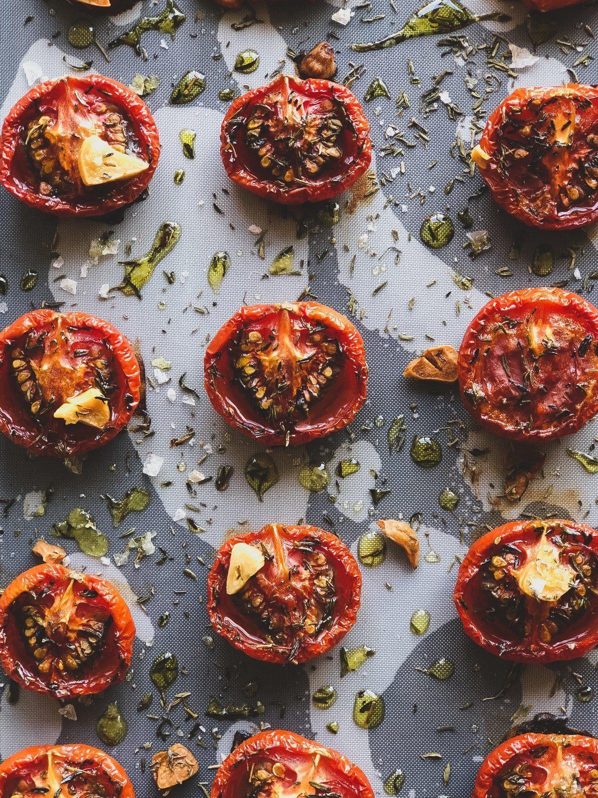 langtidsbagte-tomater-soede-semidried-tomater