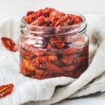 Langtidsbagte tomater i glas