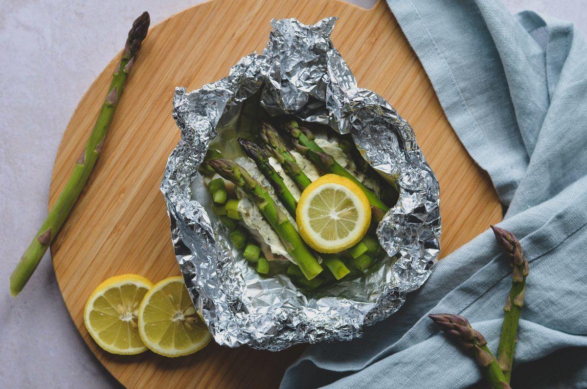 pikant-moerksej-med-asparges