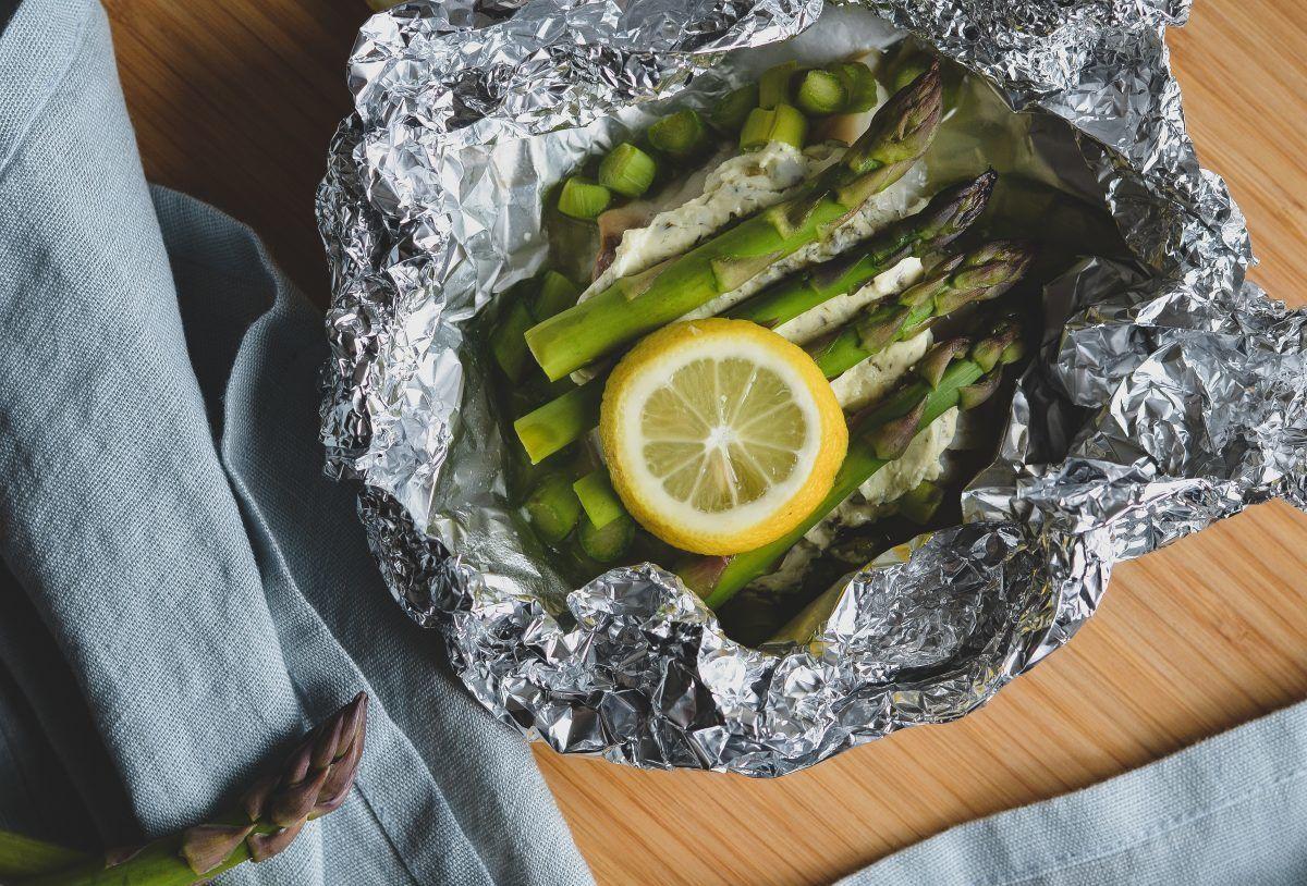 pikant-moerksej-med-asparges_mariasilje