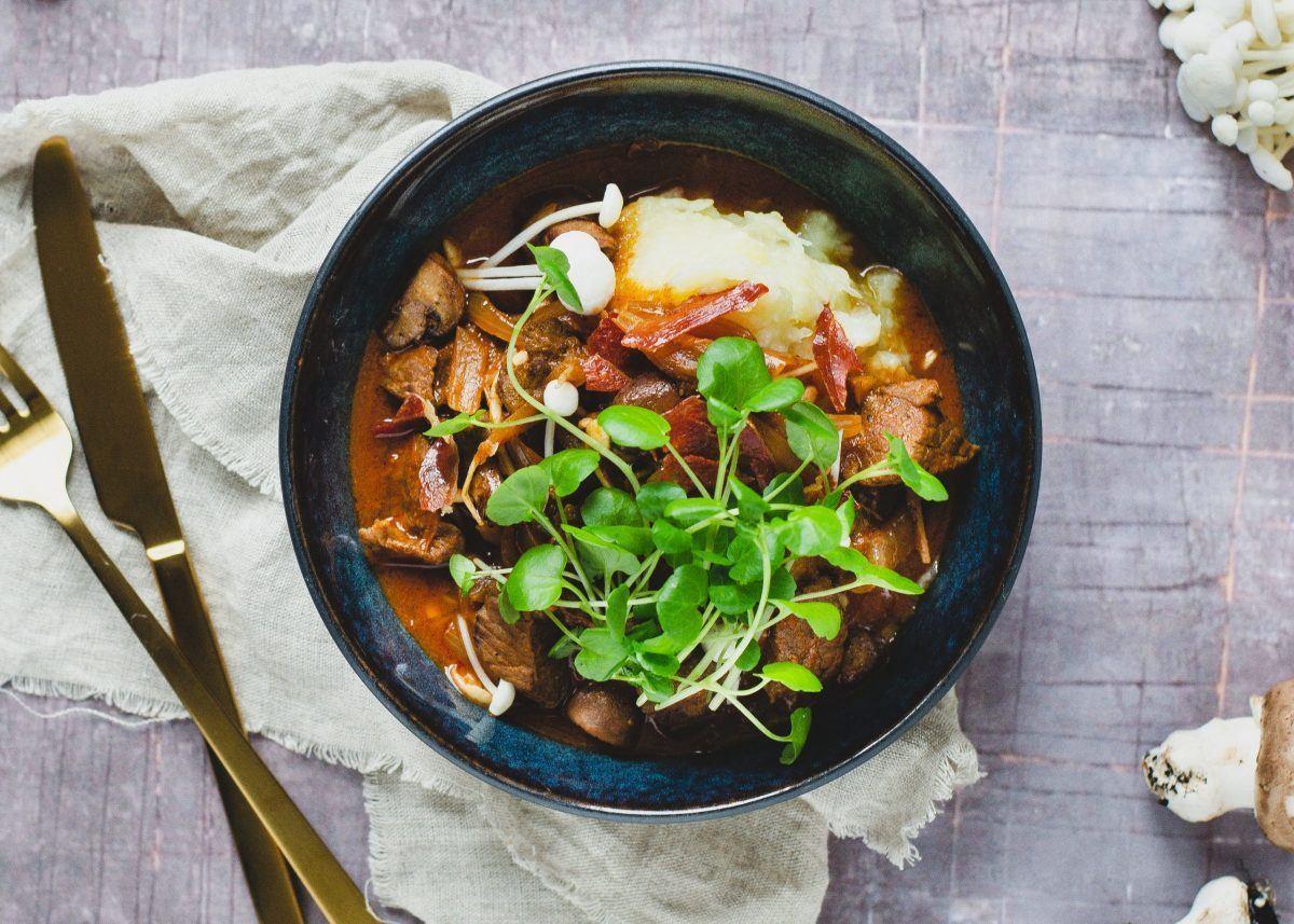 Bøf stroganoff og kartoffelmos med blomkål 6