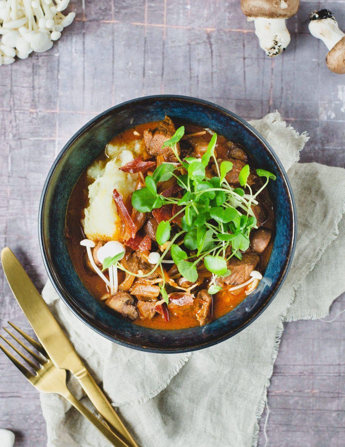 Bøf stroganoff og kartoffelmos med blomkål 2