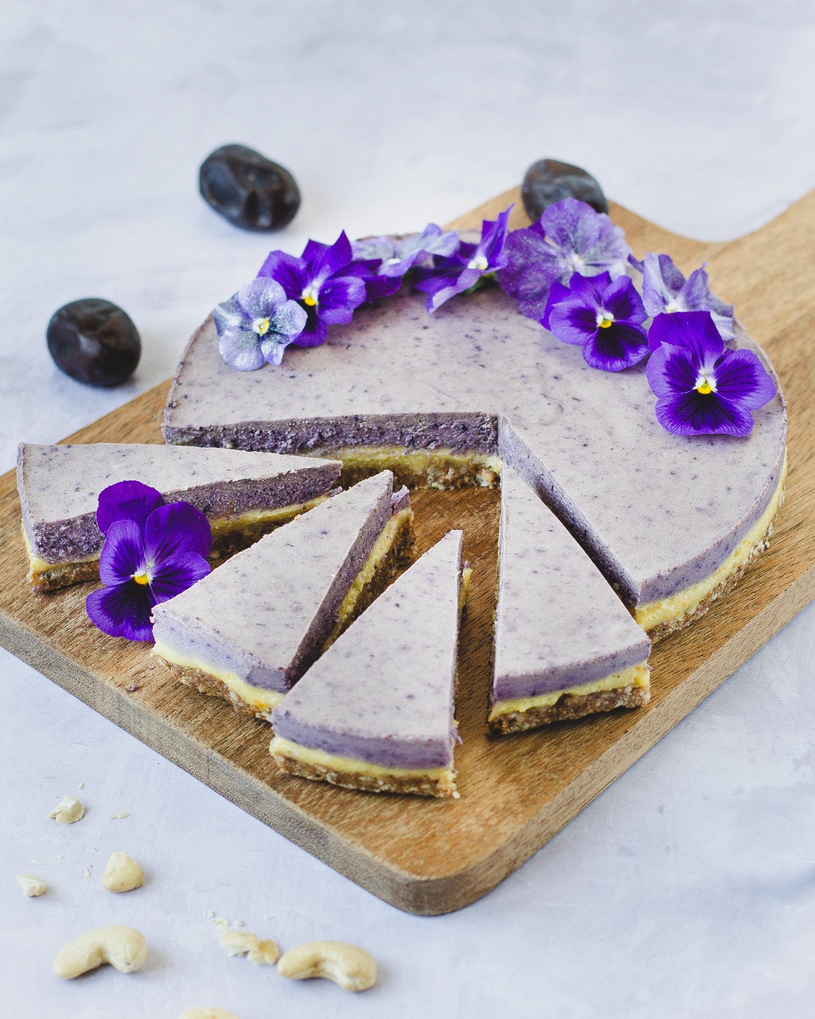 Vegansk cheesecake med blåbær og appelsin