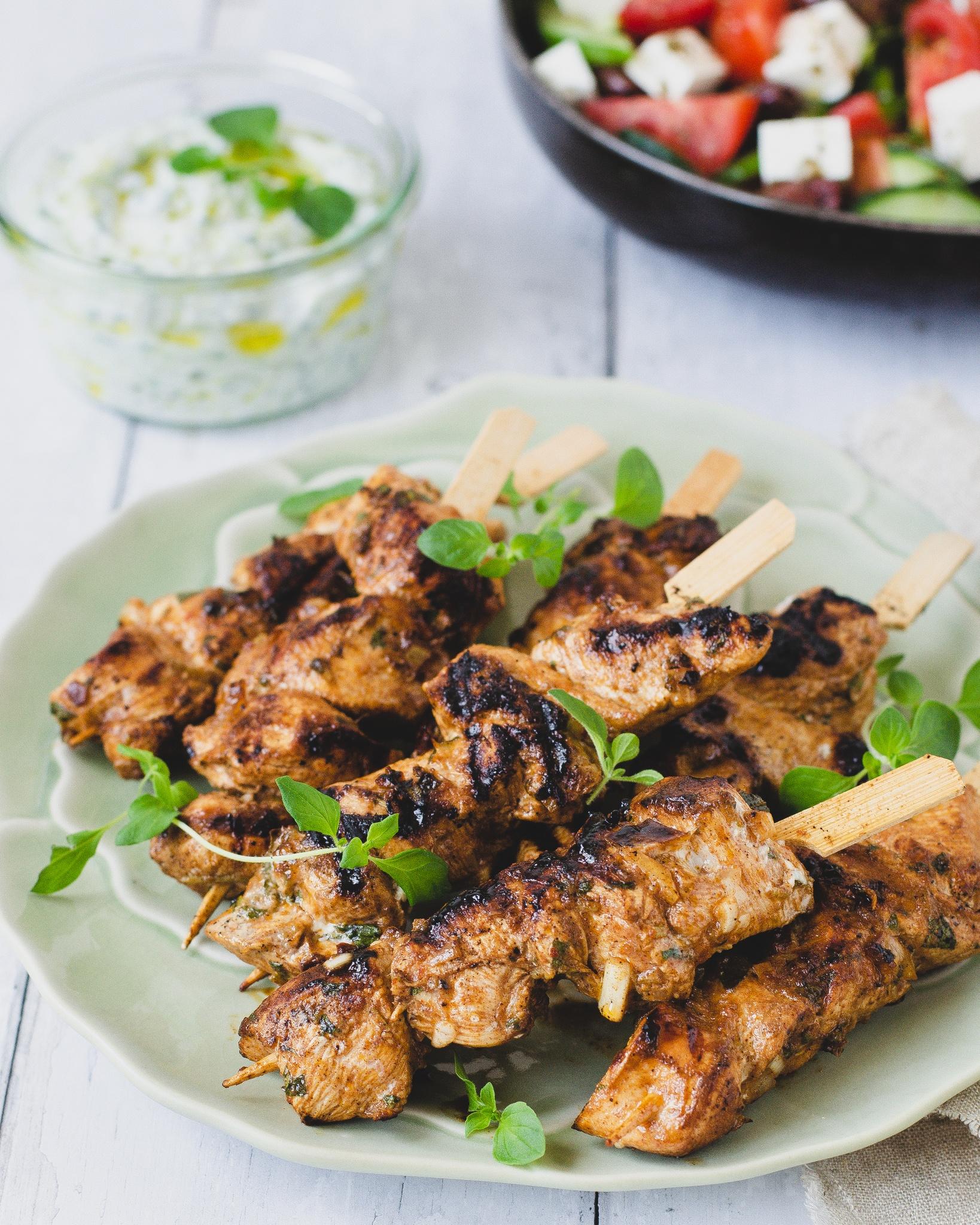 græsk kylling på spyd, med oregano